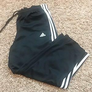 Adidas small black Capri pants rn 88387 sport